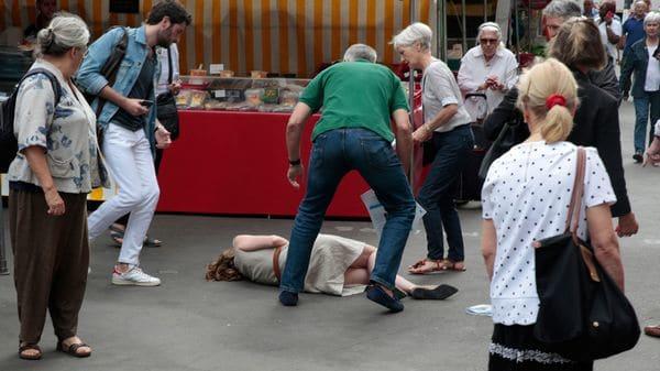 Kosciusko Morizet cayó al piso inconsciente (AFP)