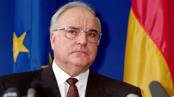 Helmut Kohl (AFP PHOTO)