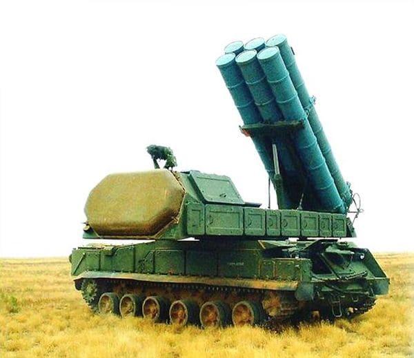El Buk M3 de mediano alcance, similar al utilizado por rebeldes ucranianos prorrusos para derribar por error vuelo comercial MH17 de Malaysia Airlines