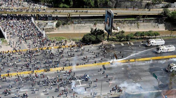 La represión chavista ya registró 91 muertos(Reuters)