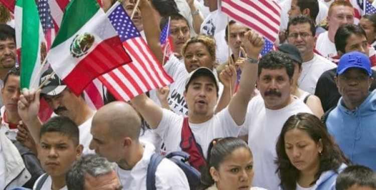 El mayor crecimiento en la población hispana, cifrado en 233.100 personas, se dio en Texas, mientras que Nuevo México es el estado donde hay una mayor proporción (48,5 %) de latinos en su población