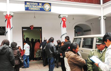 Resultado de imagen de Laboratorios forenses de Bolivia