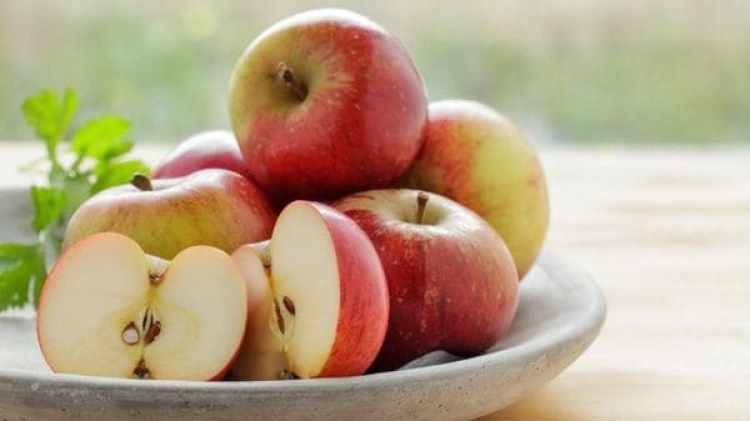 La manzana, además, es buena para los dientes