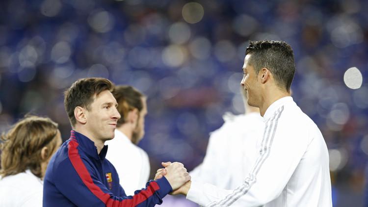 Ronaldo 'felicita' al cumpleañero Messi a través de WhatsApp (VIDEO)