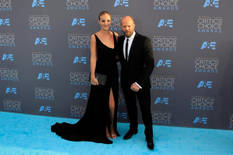 Los actores Jason Statham y Rosie Huntington-Whiteley (Foto: EFE)
