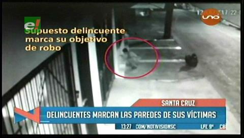 Santa Cruz: Delincuentes marcan las casas para luego robarlas