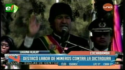 Evo rinde homenaje a mineros masacrados en noche de San Juan