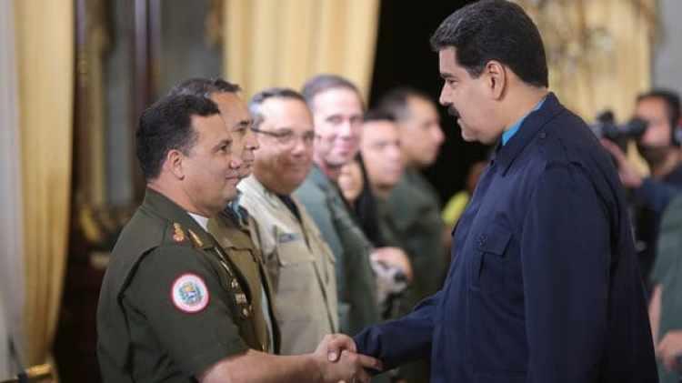 Gustavo González López junto a Nicolás Maduro