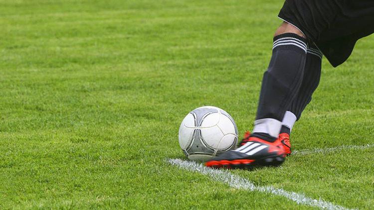 Masturbación colectiva le cuesta el trabajo a 4 futbolistas de un club brasileño