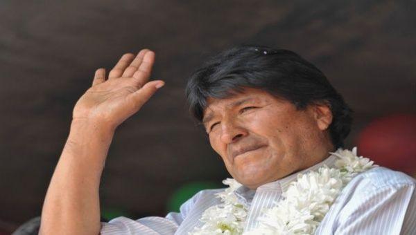 Morales manifestó su admiración por el presidente saliente, Rafael Correa, a través de su cuenta en Twitter.