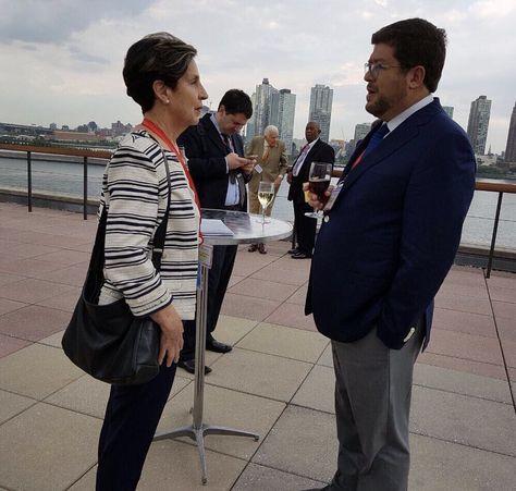 Allende y Doria Medina en el encuentro que sostuvieron durante el Consejo de la IS.