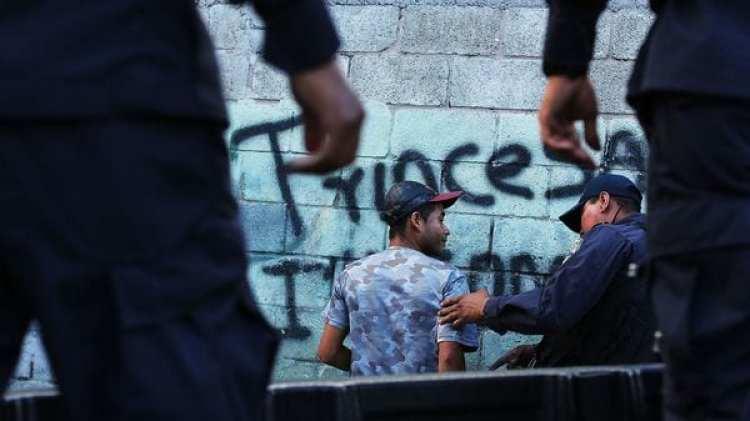 La policía detuvo a 252 personas en seis días (Photo by Spencer Platt/Getty Images)