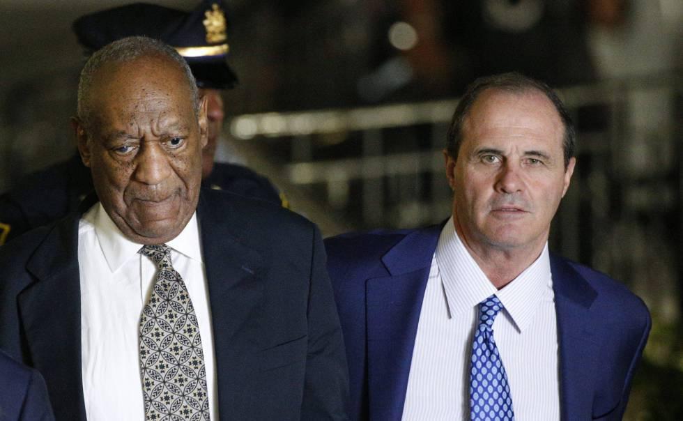 El actor Bill Cosby y su abogado Brian McMonagle, el pasado mes de junio.