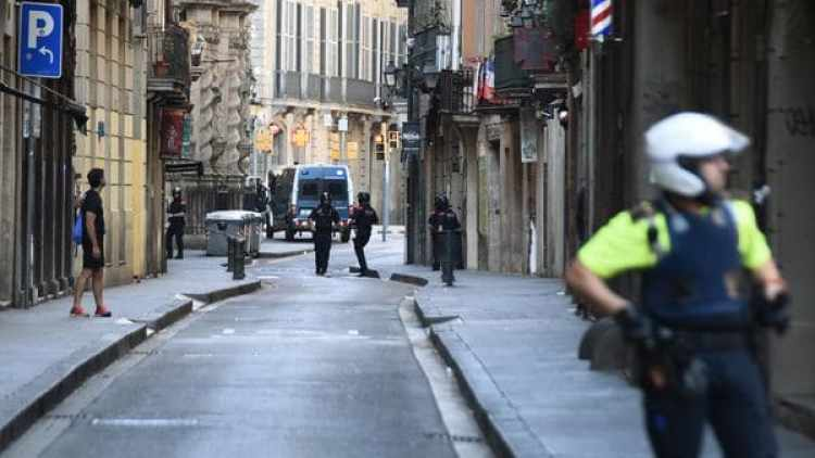 La policía custodia el centro de Barcelona. (AP Photo/Giannis Papanikos)