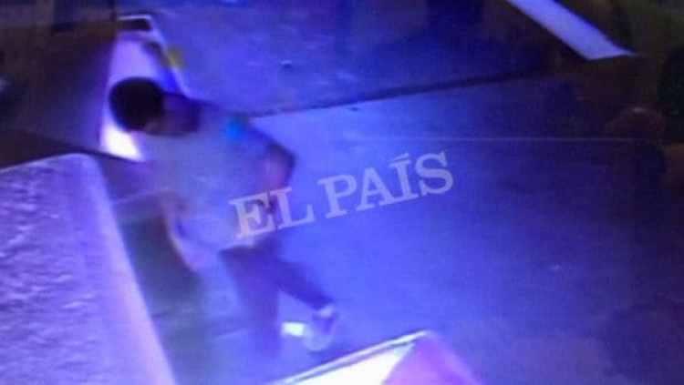 El marroquí de 22 años llegó a la Avenida Diagonal, donde habría matado a una mujer, y luego desapareció (Reuters)