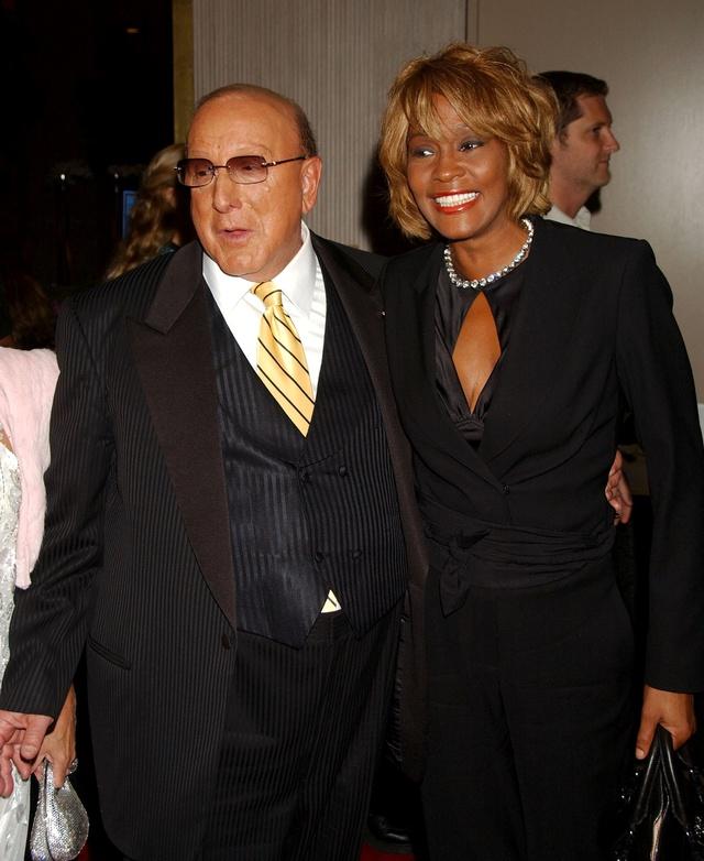 Whitney Houston con Clive Davis en una gala en 2006.