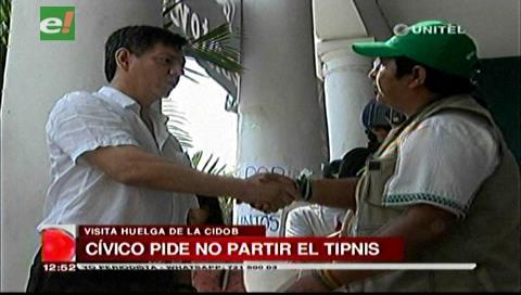 Líder cívico cruceño da su respaldo a los huelguistas que apoyan al TIPNIS