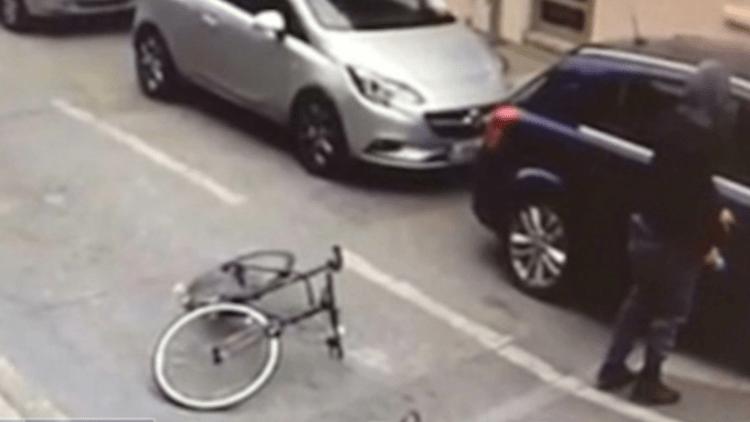 Una cámara de seguridad capta un nuevo ataque con ácido en Londres (VIDEO)