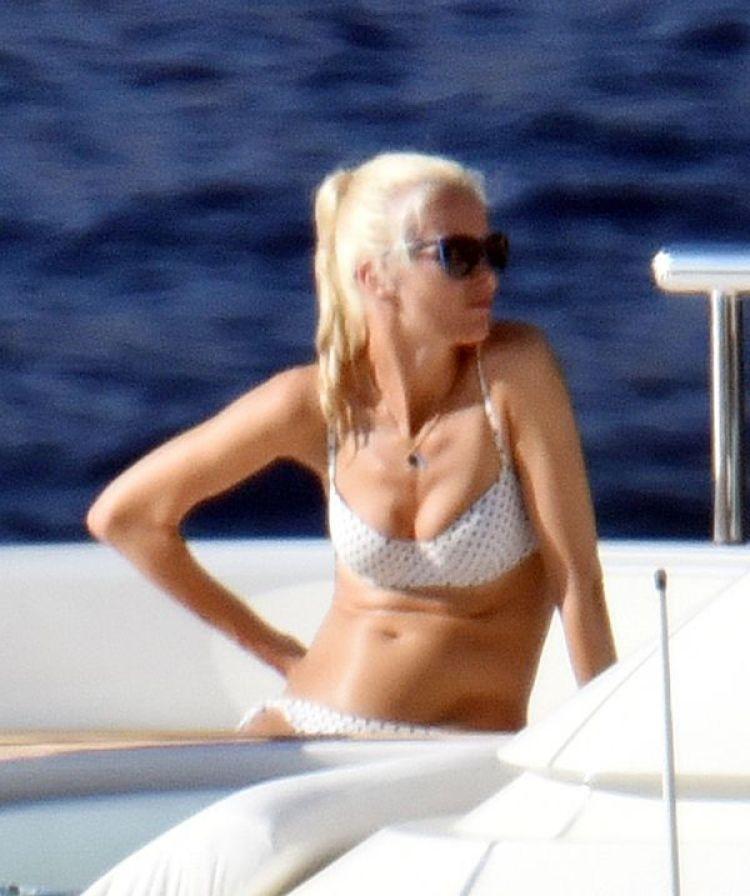 Su bikini a lunares ha hecho suspirar a sus seguidores comoen los 90's (The Grosby Group)