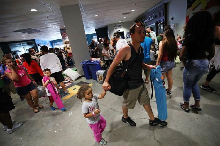 Miles de personas fueron evacuadas en la Florida (Getty Images)