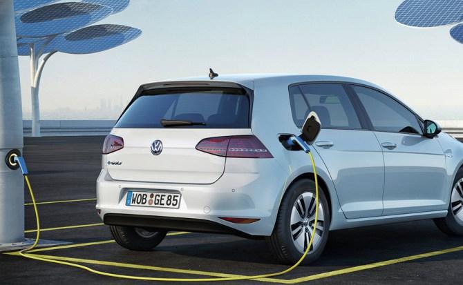 Volkswagen tendrá una versión eléctrica de todos sus modelos en 2030