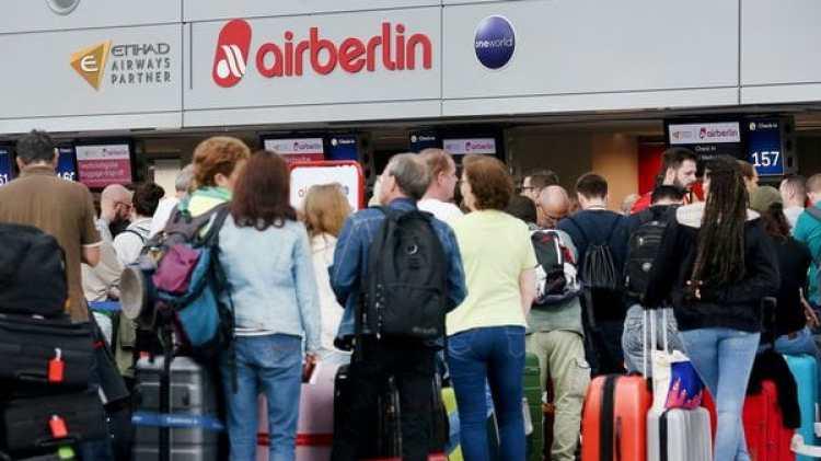 Un centenar de vuelos de Air Berlin debieron ser cancelados (AFP)