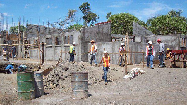 Resultado de imagen de construcción de centros de salud del