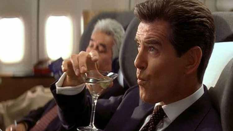 James Bond, mítico bebedor de Martinis, los prefería con vodka