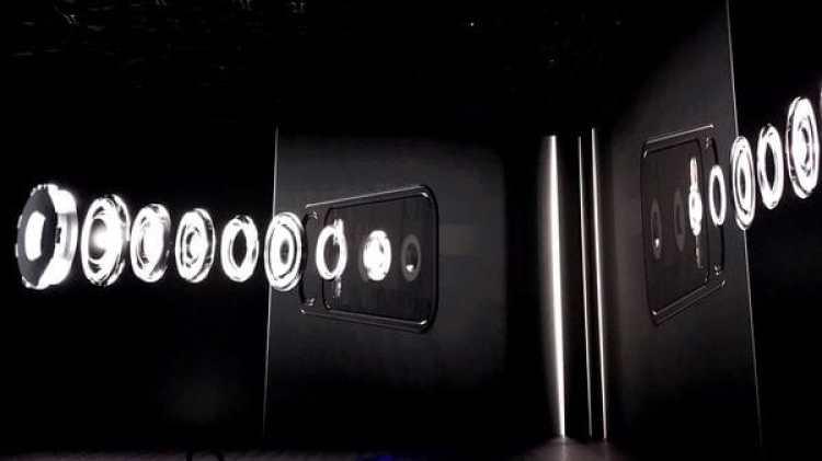 Tiene doble cámara trasera con resolución de 12 MP y estabilización óptica en las dos lentes