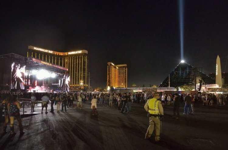 """Vista general de uno de los escenarios del """"Route 91 Harvest Festival"""", en Las Vegas, Estados Unidos (EFE)"""