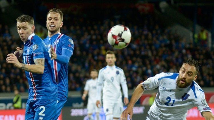 El handball y el alpinismo son los deportes más populares, pero el fútbol gana adeptos(AFP)