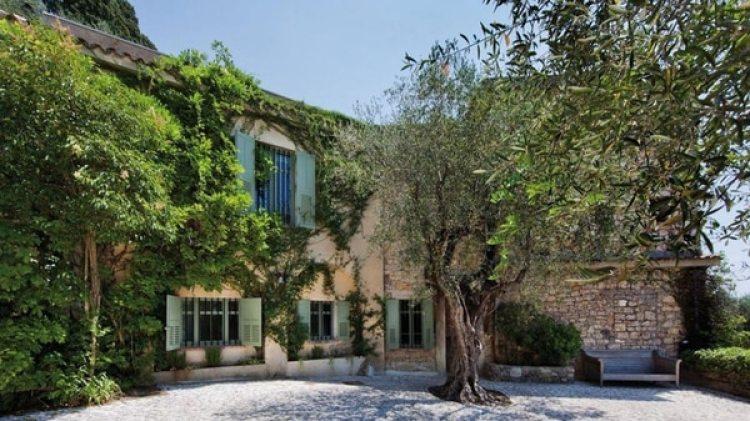 El artista malagueño compró la casa en 1961 e hizo de ella su taller, donde trabajó y residió hasta su muerte en 1973
