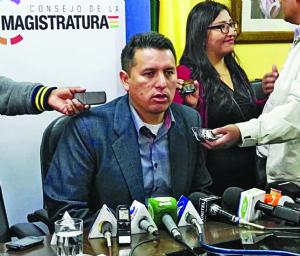 Justicia: 25 de 900 funcionarios procesados llegaron a la Fiscalía