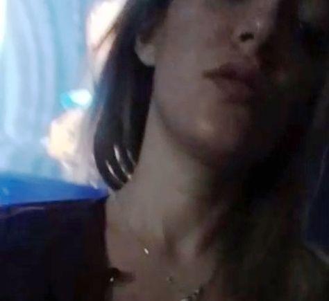 Luciana R. en un video en el que baila de forma erótica.