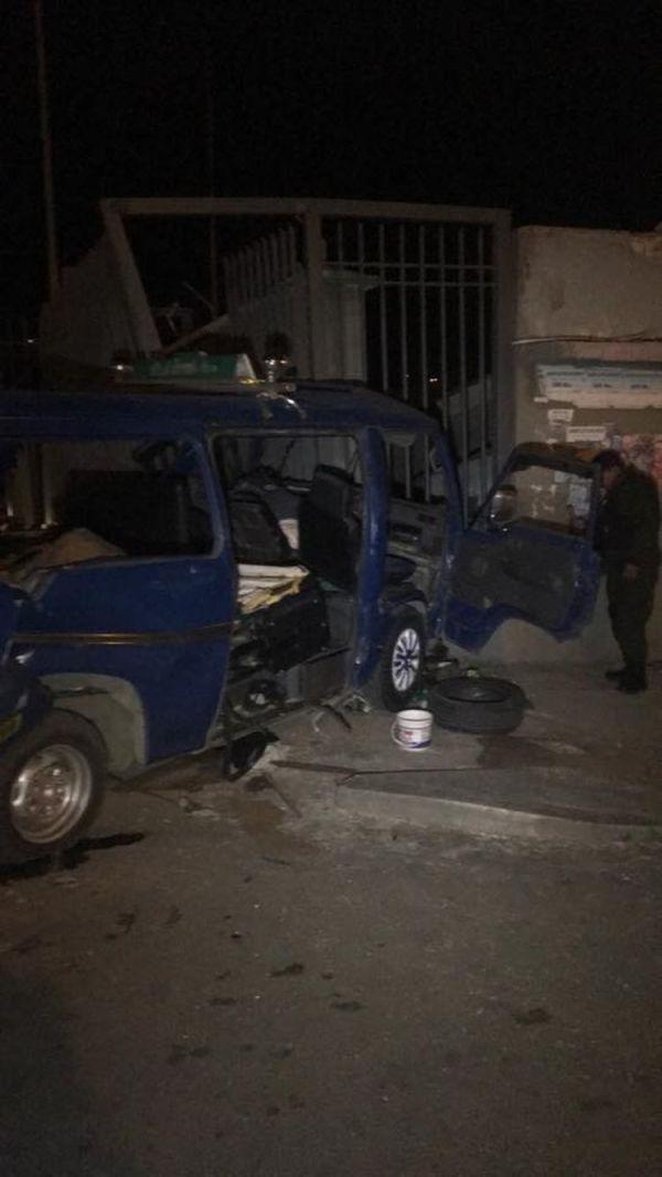 Uno de los siete vehículos afectados en el accidente de tránsito.