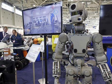Expertos de la Universidad de Denver (DU) desarrollaron una robot empática e inteligente para acompañar a personas con Alzheimer.