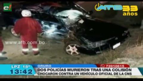 Dos policías mueren en accidente de tránsito