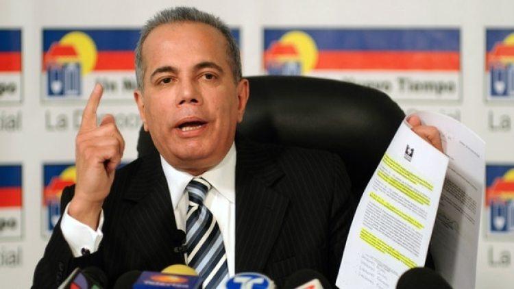 Manuel Rosales.