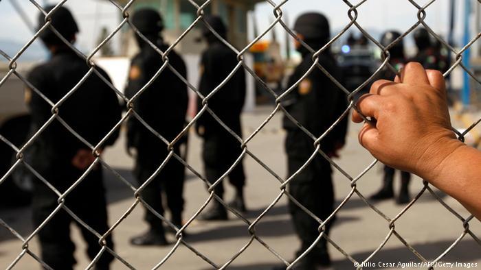 Mexiko Drogenkrieg Verhaftung Drogenboss Symbolbild OVERLAY (Julio Cesar Aguilar/AFP/Getty Images)