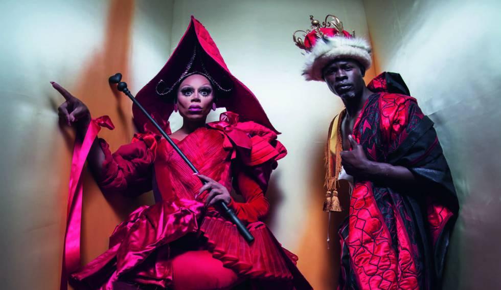 RuPaul y Djimon Hounsou, en el calendario Pirelli 2018 fotografiados por Tim Walker.