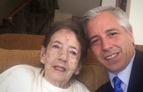 García Linera junto a su madre Mary Linera Pareja