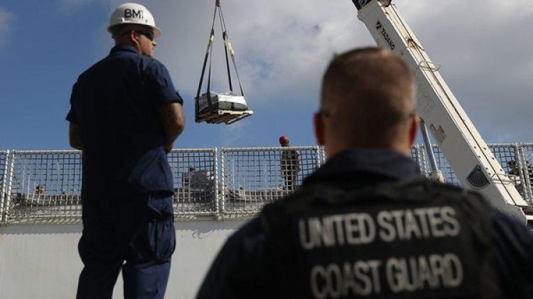 Entre los buques patrulla que incautaron drogas aparecen el Vigorous y el Thetis, que consiguieron 1.150 y 1.060 kilogramos de cocaína en una única operación, respectivamente (Getty Images)