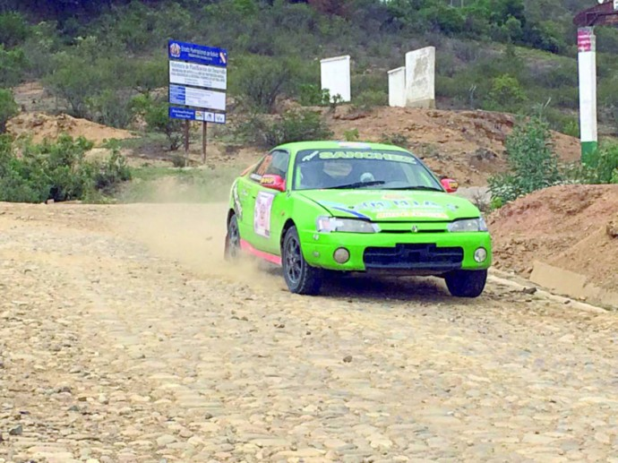 La competencia se disputó ayer por tramos empedrados y de tierra