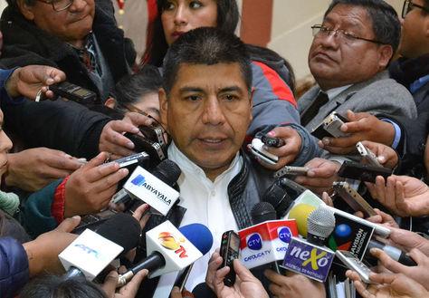 Fernando Huanacuni, ministro de Relaciones Exteriores, en declaraciones a la prensa a su salida de la reunión de Gabinete en Palacio de Gobierno.