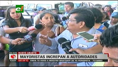 Gremiales increpan a Cahuana por puestos en el mercado mayorista Abasto