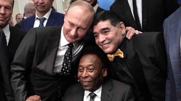 Putin, Maradona y Pelé en el Palacio del Kremlin (REUTERS)