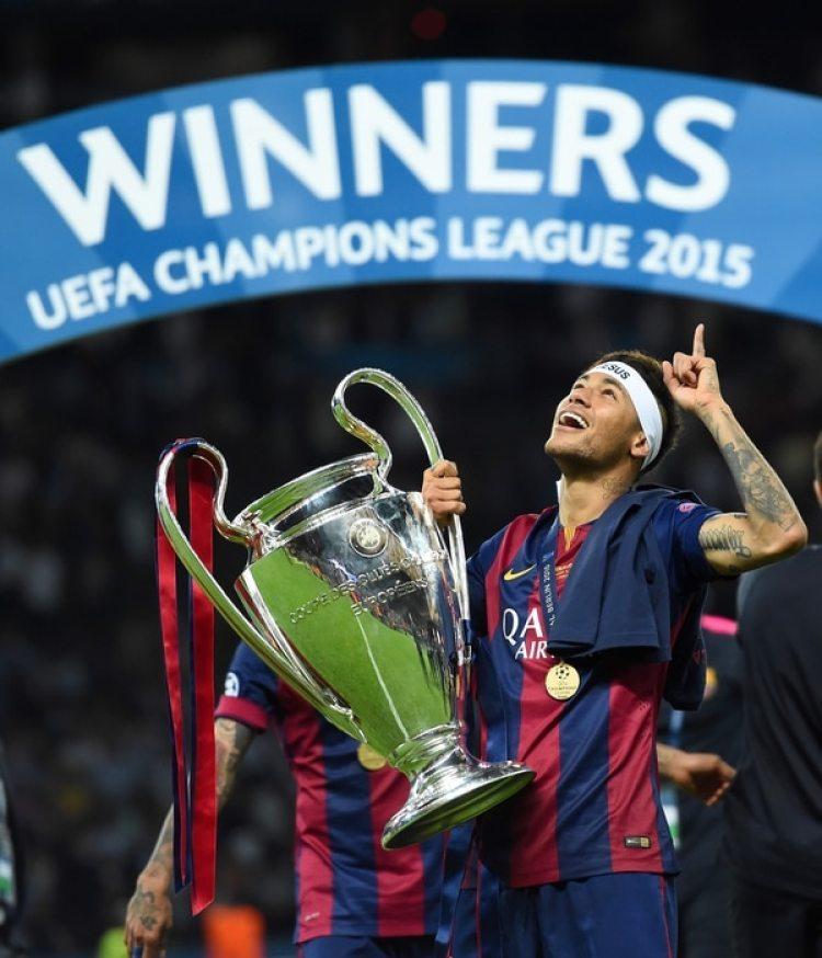 2015: Neymar quedó tercero por primera vez el año en que ganó con Barcelona la Champions, el Mundial de Clubes y la Liga, entre otros (Getty)