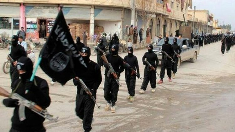 Combatientes del Estado Islámico (AP)