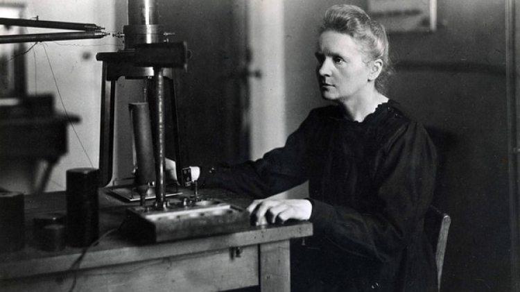 La polaco-francesa Marie Curie es la única mujer en ganar dos Nobel, en Física y Química