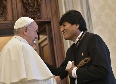 El presidente Evo Morales y el papa Francisco. Foto. Bolivia Tv